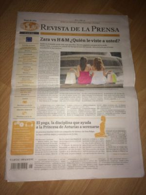 Sprachen lernen durch Lesen der Sprachenzeitungen.